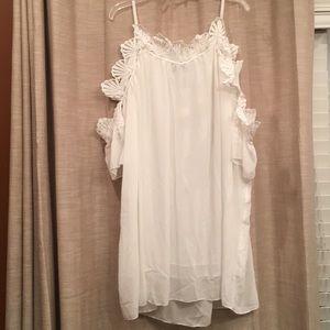 Summer dress. Off the shoulder sleeves.